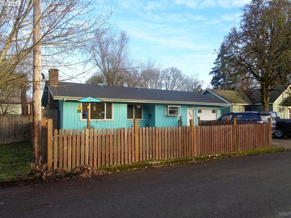 3 bed 2 bath Single Family at 408 N 8th St Cottage Grove, OR, 97424 is for sale at 215k - 1 of 17