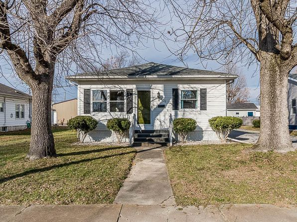 3 bed 2 bath Single Family at 802 E Carter St Marion, IL, 62959 is for sale at 115k - 1 of 26