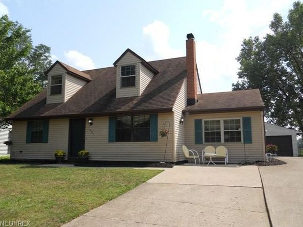 4 bed 2 bath Single Family at 481 Carol Ln Elyria, OH, 44035 is for sale at 115k - 1 of 14