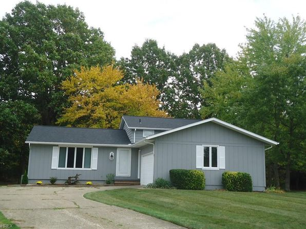 4 bed 2 bath Single Family at 20540 Hemlock Cir Strongsville, OH, 44149 is for sale at 193k - 1 of 14