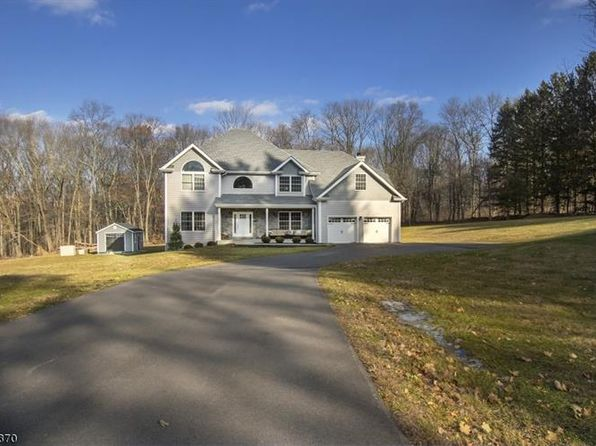 4 bed 3 bath Single Family at 161 E Valley Brook Rd Long Valley, NJ, 07853 is for sale at 669k - 1 of 24