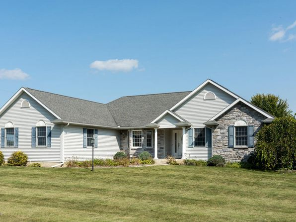 5 bed 3 bath Single Family at 30971 Rocking Horse Ln Niles, MI, 49120 is for sale at 295k - 1 of 33
