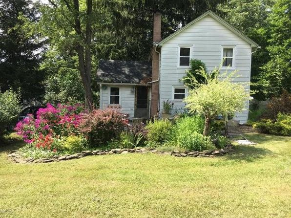 2 bed 1 bath Single Family at 54 Callicoon Rd Equinunk, PA, 18417 is for sale at 61k - 1 of 15