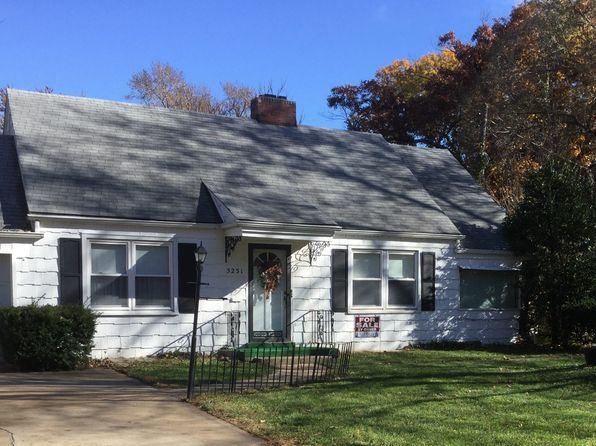 2 bed 1 bath Single Family at 5231 Birch St Roeland Park, KS, 66205 is for sale at 155k - 1 of 24