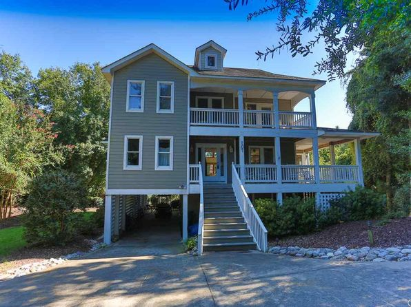5 bed 5 bath Single Family at 107 Beachcomber Ct Duck, NC, 27949 is for sale at 599k - 1 of 36