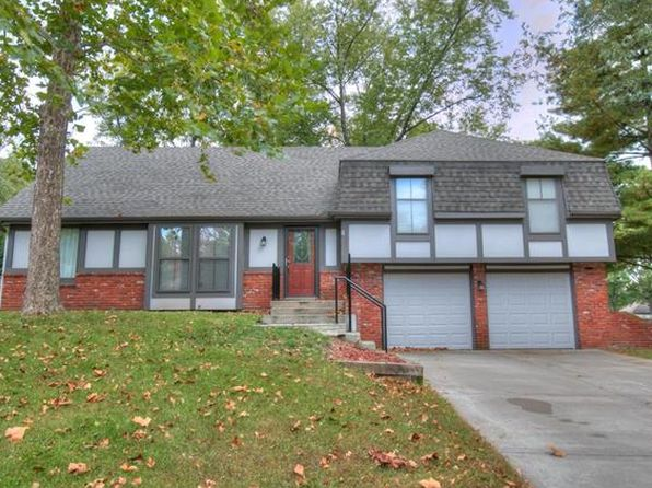 4 bed 2 bath Single Family at 10005 NW Mirror Lake Ct Parkville, MO, 64152 is for sale at 185k - 1 of 24