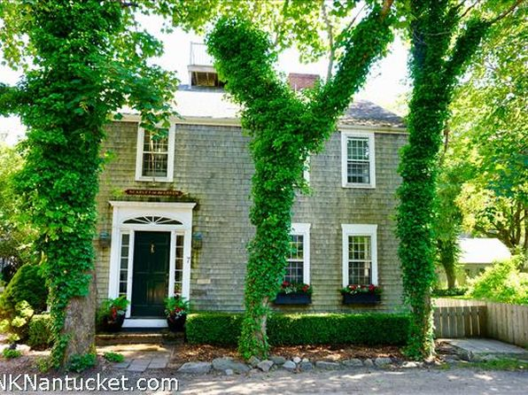 5 bed 5 bath Single Family at 7 GREEN HOLLOW RD NANTUCKET, MA, 02554 is for sale at 3.60m - 1 of 47
