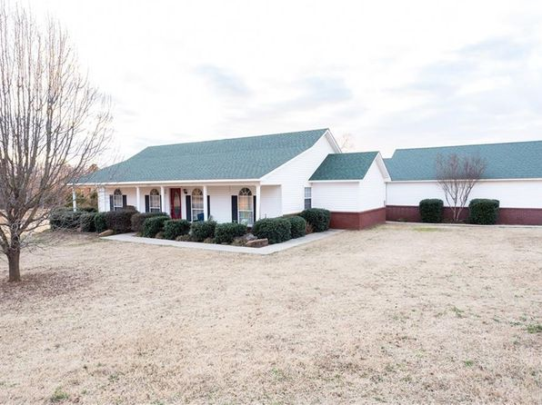 4 bed 2 bath Single Family at 1305 S DIVISION ST LAVACA, AR, 72941 is for sale at 215k - 1 of 29