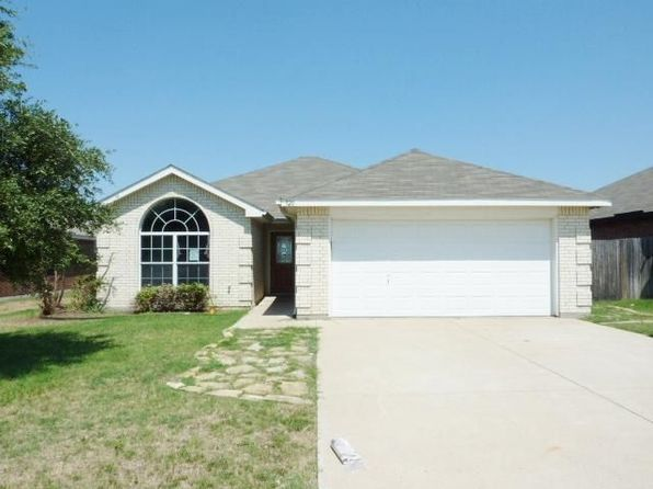 3 bed 2 bath Single Family at 920 Joshua Dr Burleson, TX, 76028 is for sale at 172k - 1 of 17