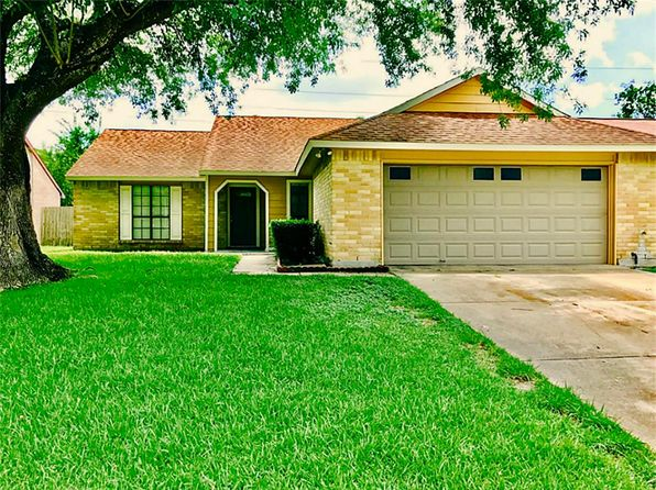 3 bed 2 bath Single Family at 15223 Plaza Libre Dr Houston, TX, 77083 is for sale at 150k - 1 of 17