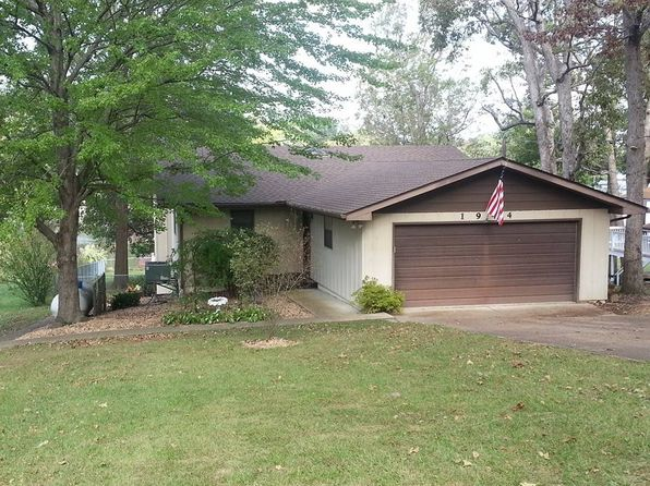 3 bed 3 bath Single Family at 1944 Lakeshore Dr Cuba, MO, 65453 is for sale at 290k - 1 of 43