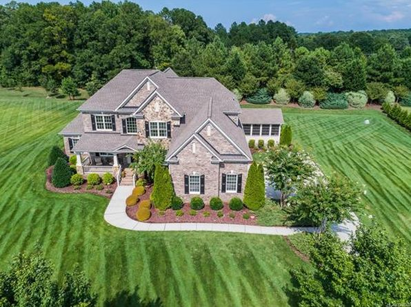 5 bed 4 bath Single Family at 6000 Autumn Blossom Ln Waxhaw, NC, 28173 is for sale at 685k - 1 of 24