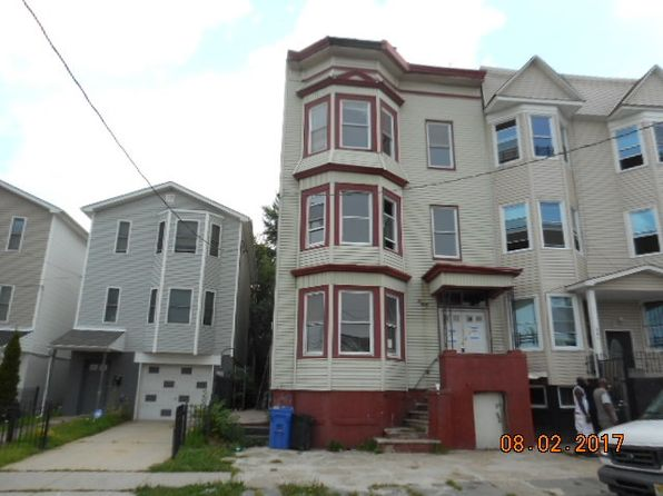 6 bed 3 bath Multi Family at 297 Fairmount Ave Newark, NJ, 07103 is for sale at 72k - google static map