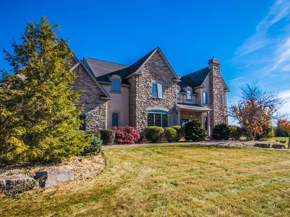 5 bed 6 bath Single Family at 256 Cobblestone Ln Lower Nazareth, PA, 18064 is for sale at 699k - 1 of 50