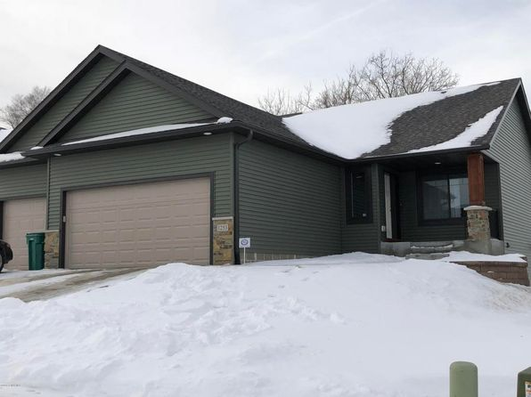 4 bed 3 bath Single Family at 1253 Turnberry Dr SE Rochester, MN, 55904 is for sale at 349k - google static map