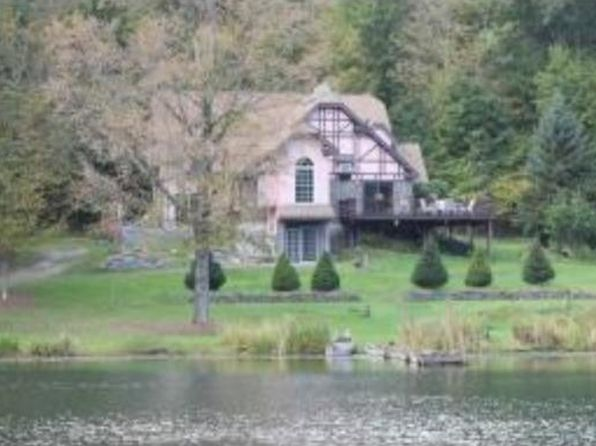 3 bed 3 bath Single Family at 350 GRIPPEN HILL RD VESTAL, NY, 13850 is for sale at 375k - 1 of 27