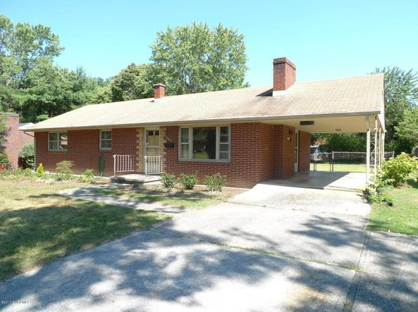 3 bed 2 bath Single Family at 602 10th St Radford, VA, 24141 is for sale at 130k - 1 of 9