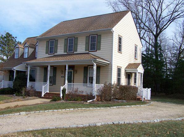 4 bed 3 bath Townhouse at 44 Corner Oak Cir Kilmarnock, VA, 22482 is for sale at 179k - google static map