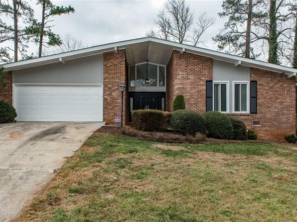 3 bed 2 bath Single Family at 2335 VERNA DR DECATUR, GA, 30034 is for sale at 200k - 1 of 31