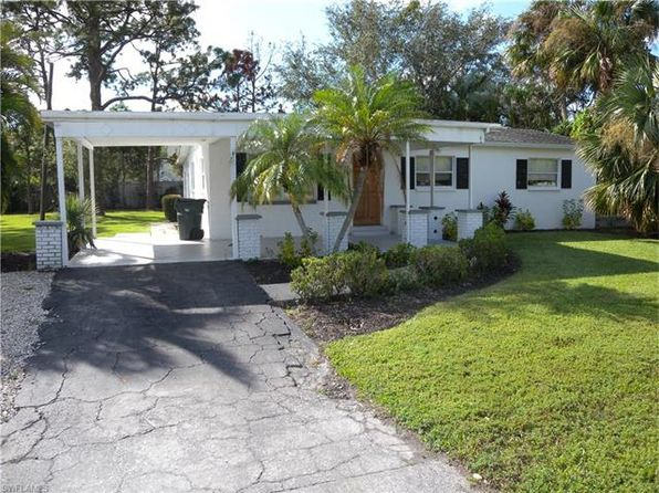 3 bed 2 bath Single Family at 812 Lake McGregor Dr Fort Myers, FL, 33919 is for sale at 215k - 1 of 23