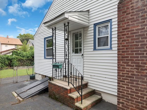3 bed 2 bath Single Family at 35 Hudson Pl Bloomfield, NJ, 07003 is for sale at 270k - 1 of 25