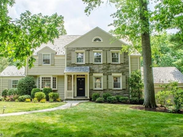 6 bed 4 bath Single Family at 8 Overhill Rd South Orange, NJ, 07079 is for sale at 799k - 1 of 25