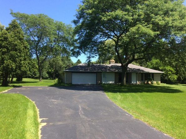 3 bed 2 bath Single Family at 11730 N PINEHURST CIR MEQUON, WI, 53092 is for sale at 350k - 1 of 22
