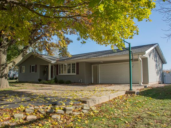 3 bed 1 bath Single Family at 15820 Patch Rd Morrison, IL, 61270 is for sale at 145k - 1 of 18