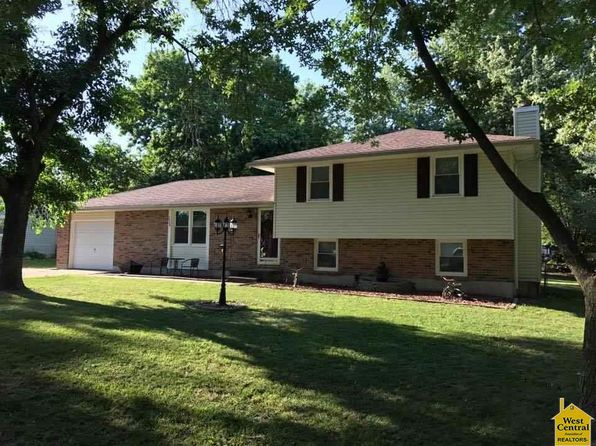 3 bed 2 bath Single Family at 2864 Southgate Loop Sedalia, MO, 65301 is for sale at 125k - 1 of 27