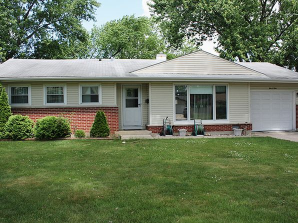 3 bed 2 bath Single Family at 505 Germaine Pl Elk Grove Village, IL, 60007 is for sale at 250k - 1 of 24