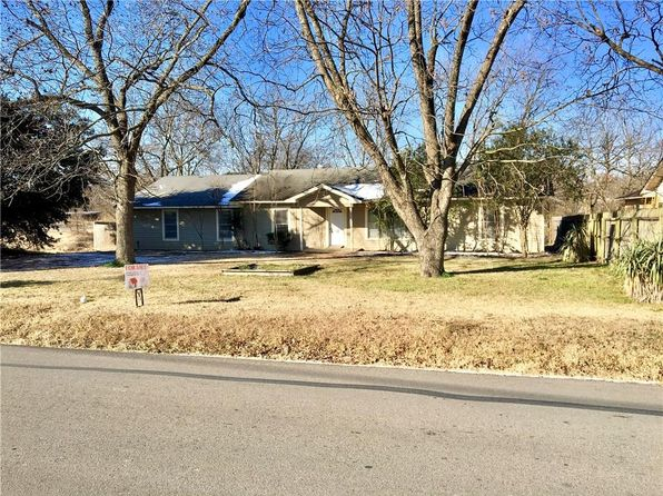 3 bed 2 bath Single Family at 601 N 4th St Wills Point, TX, 75169 is for sale at 169k - 1 of 11