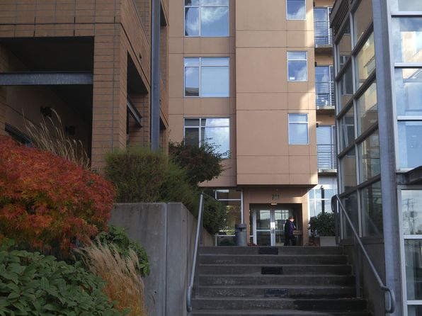 2 bed 2 bath Condo at 701 Columbia St Vancouver, WA, 98660 is for sale at 250k - 1 of 18
