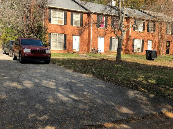 2 bed 3 bath Townhouse at 721 Redland Dr Jonesboro, GA, 30238 is for sale at 47k - 1 of 3
