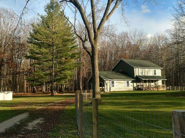 3 bed 3 bath Single Family at 5194 Lonsberry Rd Columbiaville, MI, 48421 is for sale at 215k - 1 of 63