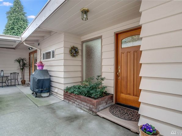 3 bed 1.75 bath Single Family at 2545 NE 204th St Seattle, WA, 98155 is for sale at 525k - 1 of 25