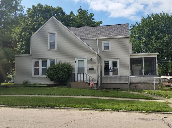 3 bed 2 bath Single Family at 802 E 5th St Sterling, IL, 61081 is for sale at 62k - google static map
