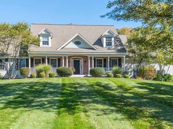4 bed 4 bath Single Family at 657 Osgood St North Andover, MA, 01845 is for sale at 949k - 1 of 29