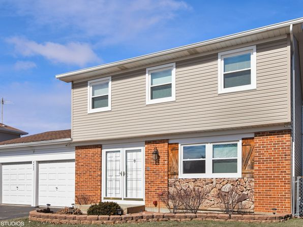 3 bed 2 bath Single Family at 4455 Bayside Cir Hoffman Estates, IL, 60192 is for sale at 325k - 1 of 23