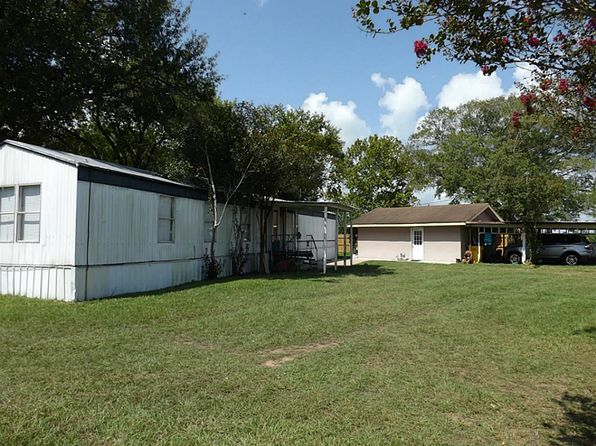 1 bed 1 bath Single Family at 3250 Borgel Rd Sealy, TX, 77474 is for sale at 120k - 1 of 9