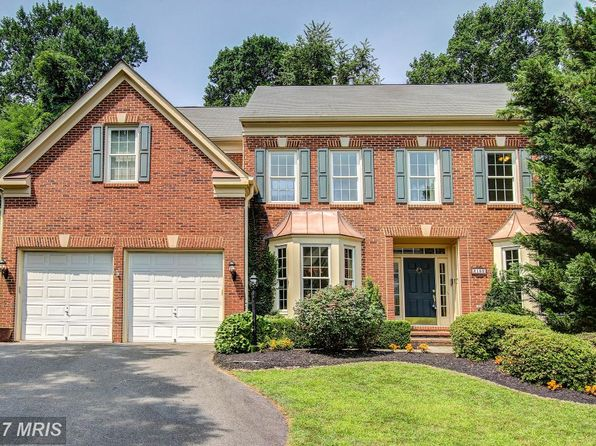 5 bed 5 bath Single Family at 2150 Bonaventure Dr Vienna, VA, 22181 is for sale at 1.12m - 1 of 29