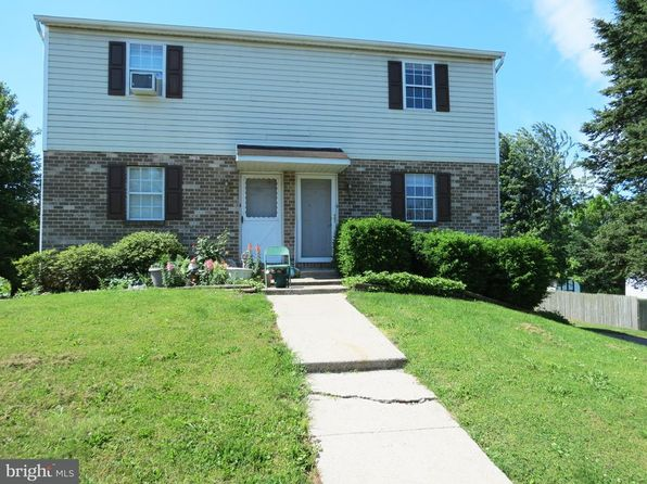 2 bed 1 bath Townhouse at 2322 Middle St York, PA, 17408 is for sale at 98k - 1 of 21