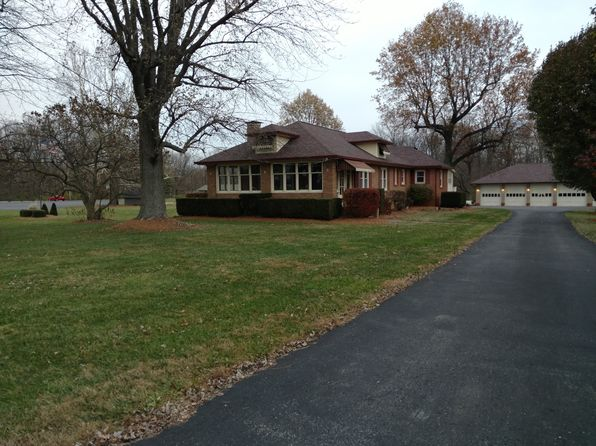 3 bed 3 bath Single Family at 7045 S Arlington Ave Indianapolis, IN, 46237 is for sale at 365k - 1 of 29