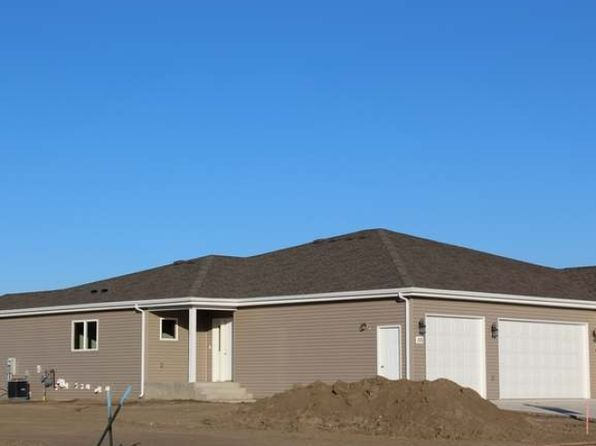 2 bed 2 bath Townhouse at 235 Irvine Loop Bismarck, ND, 58504 is for sale at 280k - 1 of 14