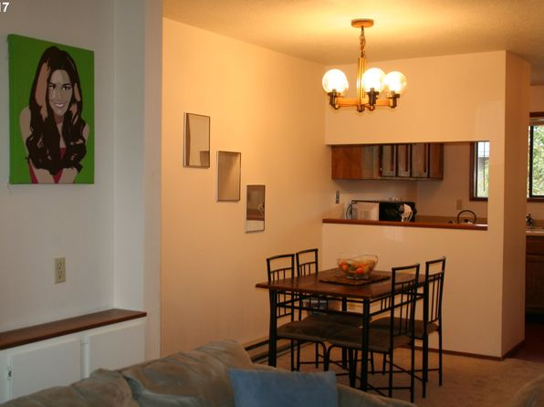 2 bed 1 bath Condo at 607 SE 148th Ave Portland, OR, 97233 is for sale at 125k - 1 of 24