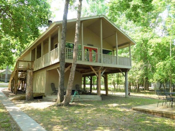 2 bed 1 bath Single Family at 61 Pine Cove Ln Coldspring, TX, 77331 is for sale at 139k - 1 of 31