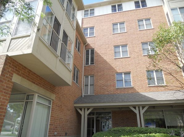 1 bed 2 bath Condo at 50 N Bokelman St Roselle, IL, 60172 is for sale at 159k - 1 of 11
