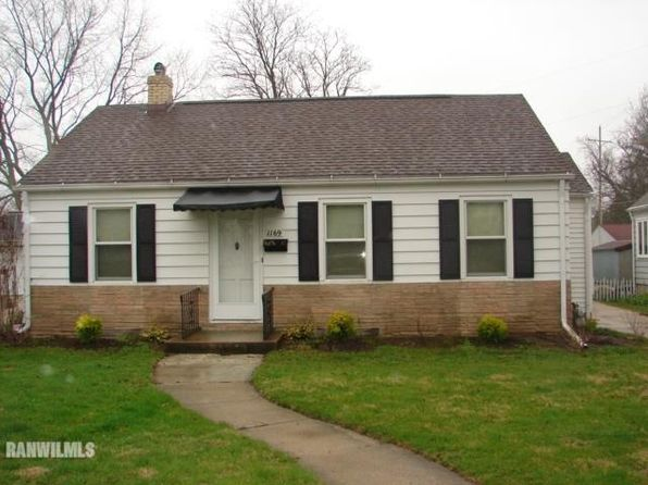 2 bed 1 bath Single Family at 1169 W Harrison St Freeport, IL, 61032 is for sale at 56k - 1 of 7