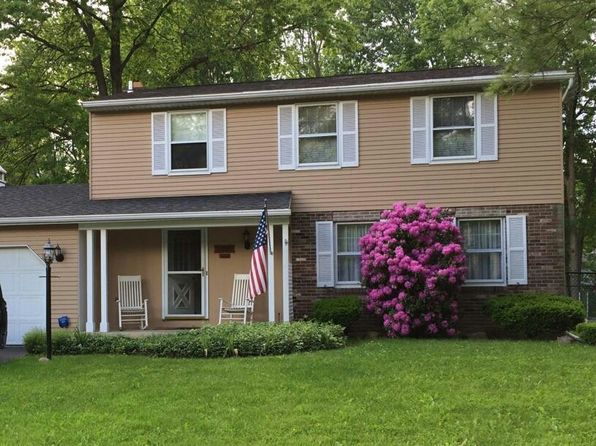 4 bed 3 bath Single Family at 4251 Stepping Stone Ln Liverpool, NY, 13090 is for sale at 165k - 1 of 12