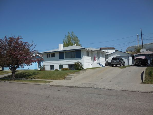5 bed 3 bath Single Family at 427 Mountain View Blvd Cut Bank, MT, 59427 is for sale at 154k - google static map