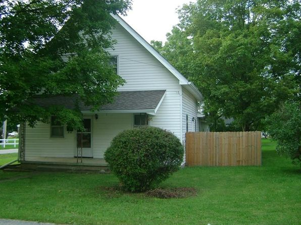 3 bed 1 bath Single Family at 204 E Silver St Knightstown, IN, 46148 is for sale at 75k - 1 of 23